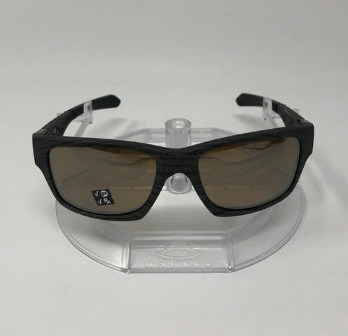 37ba946ef5a86 Óculos de Sol 100% Polarizado Oakley Jupiter Squared Marrom - Entrega Grátis