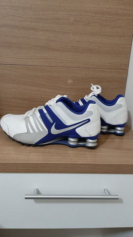 Nike Shock azul e branco