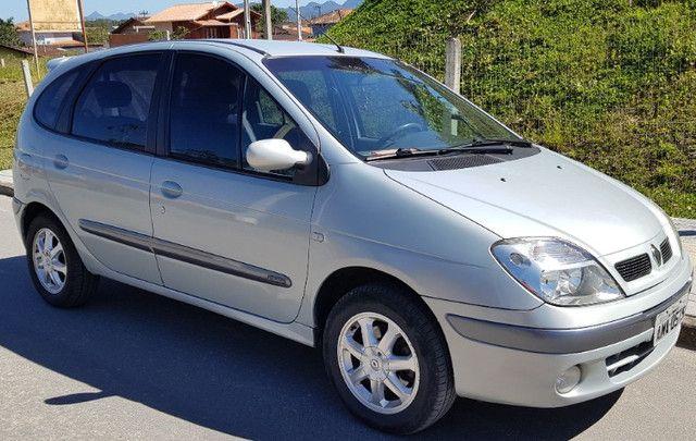 Renault Scénic 2.0 16V Privilége Plus. GNV e Gasolina. Cambio Aut. Top de linha