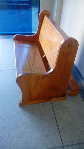 Bancos, Altares e tribunas - Todos os tipos de móveis para igrejas - Foto 2