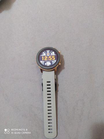 Smartwatch L11 dourado novíssimo  - Foto 5