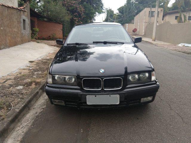 Vendo ou troco BMW 318is 1996 cambio manual teto solar doc.OK - Foto 4