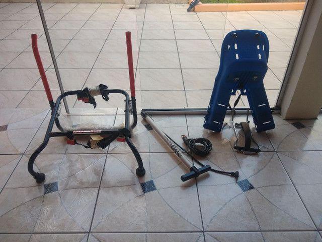Vendo cadeado e cadeira frontal para bike - Foto 3