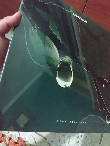 NOVO/LACRADO LP DISCO DE VINIL HEARTBREAKS AMAZONAS