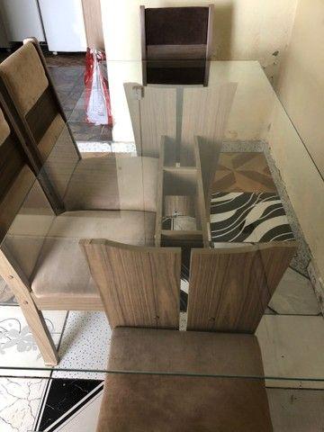 Mesa de vidro de MDF com 4 cadeiras  - Foto 4