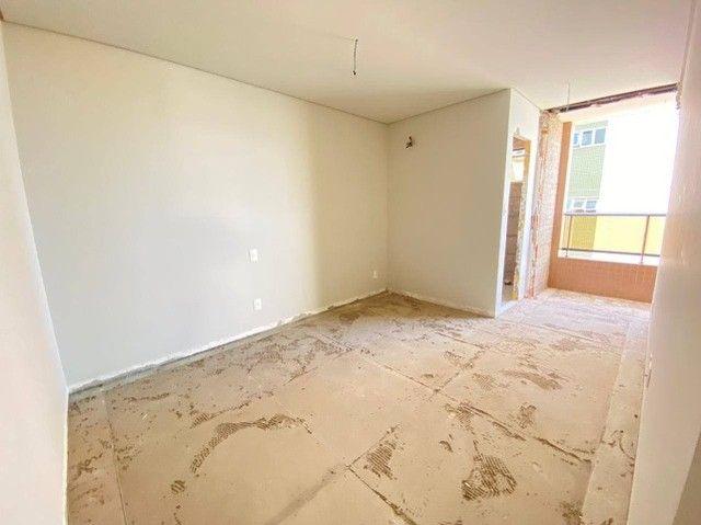 AB114 - Apartamento com 04 suítes/ frente lagoa/ nascente
