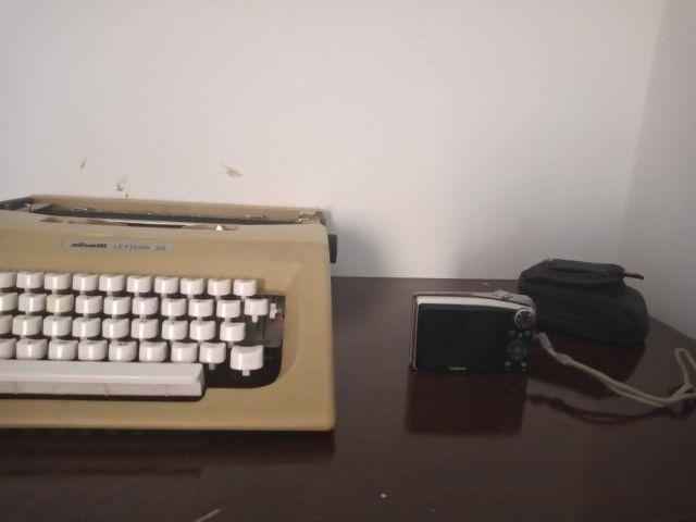 Máquina de escrever e digital  - Foto 5