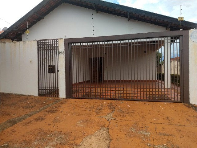 Excelente casa - Vila Planalto