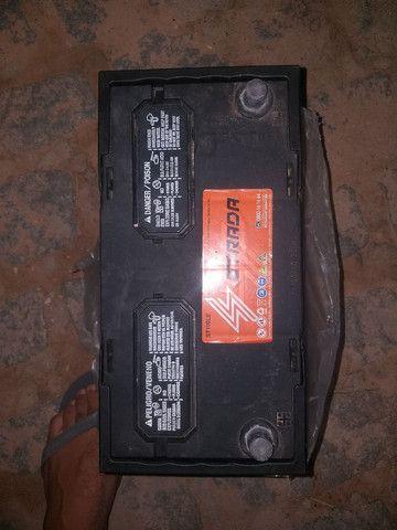 Bateria 100Ampéres bem novinha fabricação 2020  - Foto 4