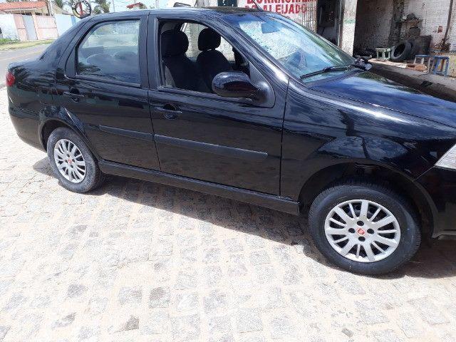 Fiat Siena 2014/2015 1.4 completo unico dono  - Foto 8