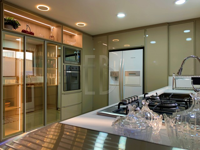 Casa de condomínio para venda com 585 metros quadrados com 5 quartos - Foto 15