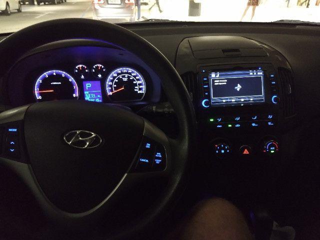 I30 2.0 automático 2011/12 - Foto 2