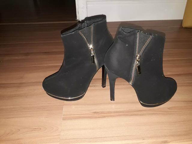 72132eaf87 Bota cano curto preta - Roupas e calçados - Castelo