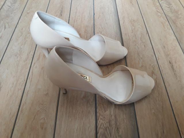 c0e934dc09 Sapato via marte Peep toe com detalhes em spike - Roupas e calçados ...