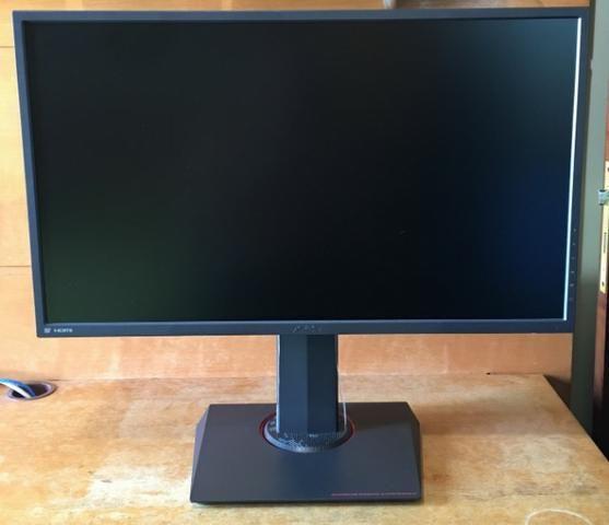 Monitor Gamer Asus, MG278Q, led 27 ?, 1 ms, 144Hz,2K wqhd (2560 x 1440),  G-SYNC, HDMI/DP/D