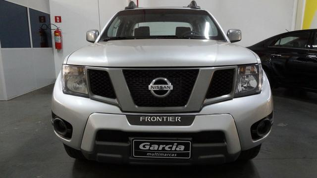 Nissan Frontier SV Attack 2.5 TD CD 4×4 - Foto 6