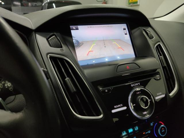 Focus titanium hatch 2016 c/44.000km automático. léo careta veículos - Foto 6
