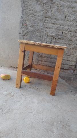 Banquinhos de madeira - Foto 6