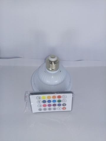 Lâmpada LED com Alto Falante Bluetooth + Controle Remoto - Foto 5