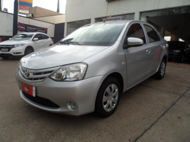 Toyota etios sedan 2014 1.5 x sedan 16v flex 4p manual - Foto 3