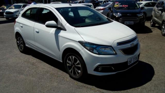 CHEVROLET ONIX LTZ 1.4 8V SPE/4 AT FLEX Branco 2014/2015