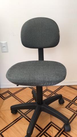 Cadeira giratória/escritório - Foto 2