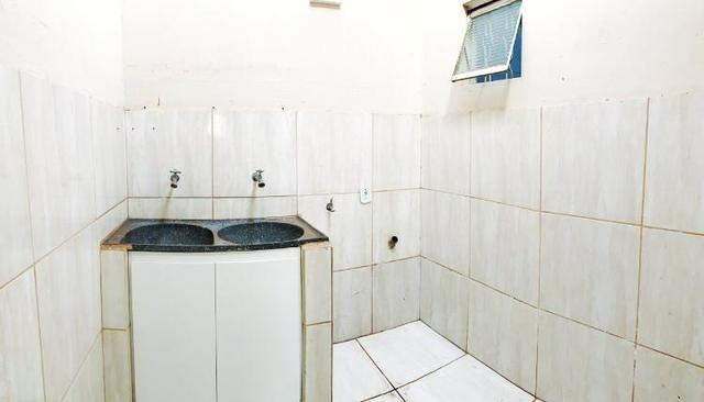 QR 602 vendo casa em Samambaia, escriturada, confira! - Foto 4
