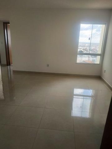 Alugo Apartamento 2 quartos sendo uma suíte 2 vagas de garagem em condomínio fechado - Foto 6