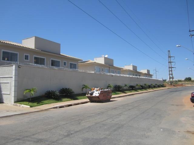 Casa / Sobrado de Condomínio Fechado, Vilar Primavera; 3 quartos 1 suíte - Foto 2