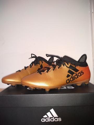30ba6214e6 Chuteira Adidas X 17.3 FG Campo Dourada (número  38) - Esportes e ...