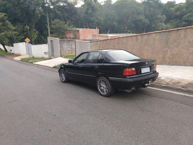 Vendo ou troco BMW 318is 1996 cambio manual teto solar doc.OK - Foto 2