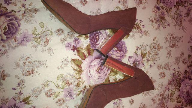 Sapato Arezzo Original bom.Leia a Descrição - Foto 5