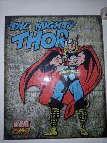 Quadro decorativo vintage Thor