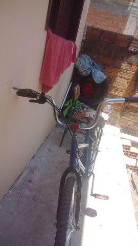 Vendo bike aro 20 semi-nova  - Foto 3