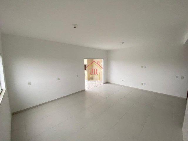 Bela Cobertura com três dormitórios sendo uma suíte, banheiro social - Foto 4