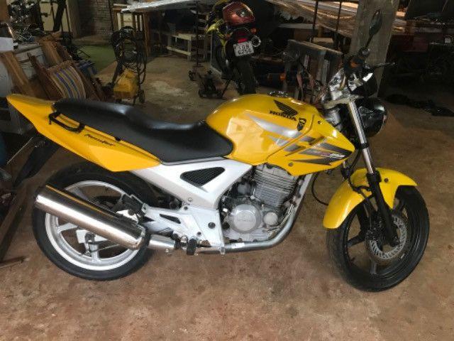 CBX 250 Twister 2008