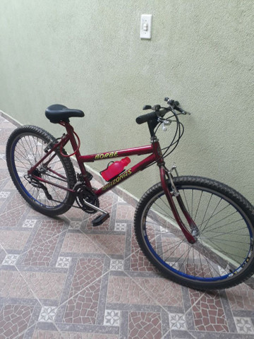 Bicicleta usada mas em ótimo estado e pegar e andar