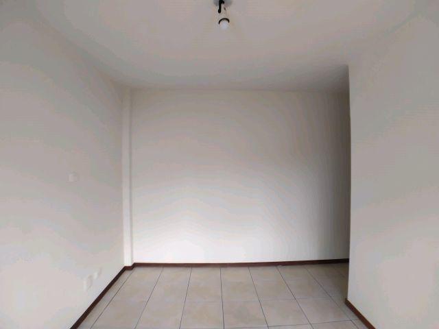 Locação | Apartamento com 98.44m², 2 dormitório(s), 1 vaga(s). Zona 07, Maringá - Foto 6