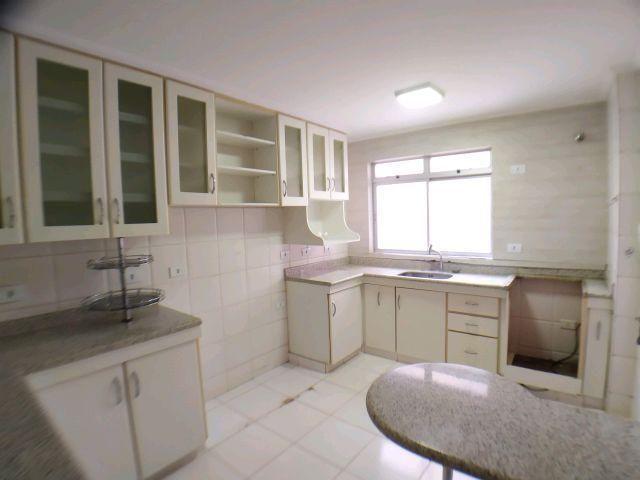 Locação   Apartamento com 204.23m², 3 dormitório(s), 1 vaga(s). Zona 01, Maringá - Foto 19