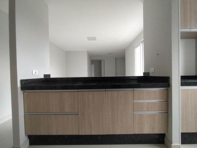 Locação   Apartamento com 81.26m², 2 dormitório(s), 2 vaga(s). Zona 01, Maringá - Foto 18