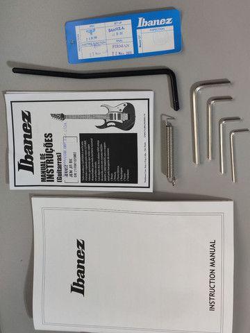 Guitarra Ibanez JEM Jr. Black - na caixa (somente Maringá) - Foto 5