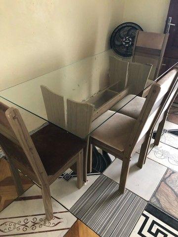 Mesa de vidro de MDF com 4 cadeiras