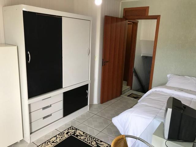 QUITINETES mobiliadas, com internet, Nettv, camareira e lavanderia cortesia p/hospede - Foto 2