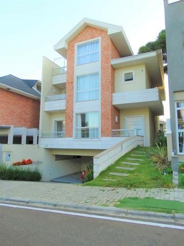 Excelente Casa em Condominio - Boqueirão