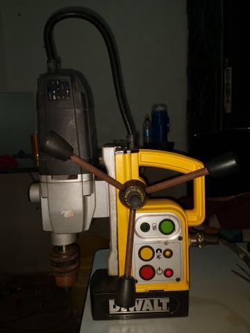 Furadeira magnética Dewalt - Foto 3