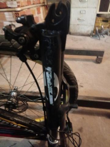Vendo suspençao dianteira de bicicleta - Foto 2