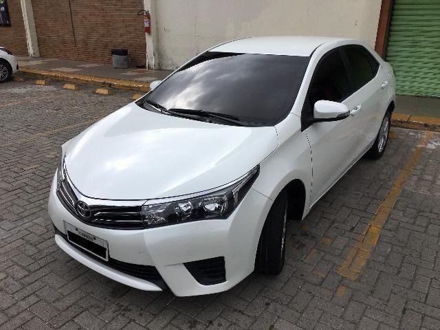 Corolla Gli Upper 1.8 2017 Branco Pérola Automático - Particular