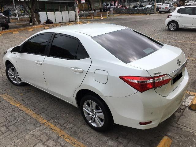 Corolla Gli Upper 1.8 2017 Branco Pérola Automático - Particular - Foto 9