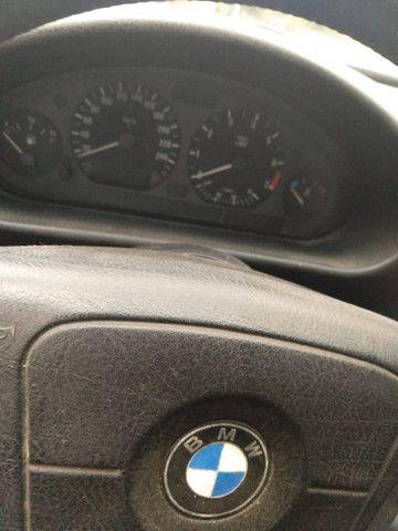 Vendo ou troco BMW 318is 1996 cambio manual teto solar doc.OK - Foto 8