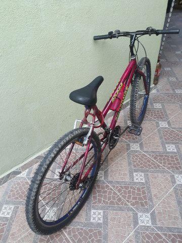 Bicicleta usada mas em ótimo estado e pegar e andar  - Foto 5